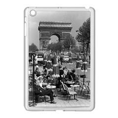 Vinatge France Paris Triumphal arch 1970 Apple iPad Mini Case (White)