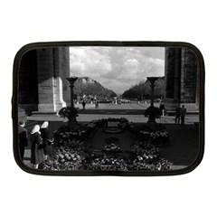 Vintage France Paris Triumphal arch Unknown soldier 10  Netbook Case