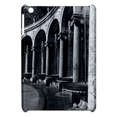 Vintage France palace of Versailles Colonnade Grove Apple iPad Mini Hardshell Case
