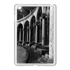Vintage France palace of Versailles Colonnade Grove Apple iPad Mini Case (White)