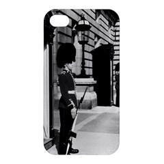 Vintage UK England London sentry at Buckingham palace Apple iPhone 4/4S Premium Hardshell Case