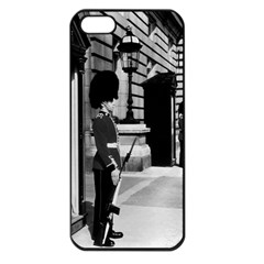 Vintage UK England London sentry at Buckingham palace Apple iPhone 5 Seamless Case (Black)