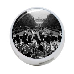 Vintage UK England the Guards returning along the Mall Single-sided 4 Port USB Hub (Round)