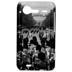 Vintage UK England the Guards returning along the Mall HTC Incredible S Hardshell Case