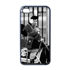 Vintage UK England  queen Elizabeth 2 Buckingham Palace Black Apple iPhone 4 Case