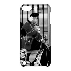 Vintage UK England  queen Elizabeth 2 Buckingham Palace Apple iPod Touch 5 Hardshell Case with Stand