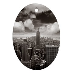 New York, Usa Oval Ornament (two Sides)