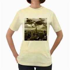 New York, USA Yellow Womens  T-shirt