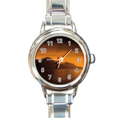 Waterscape, Switzerland Classic Elegant Ladies Watch (Round)