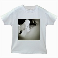 swan White Kids'' T-shirt
