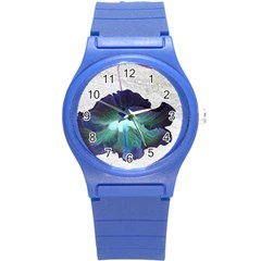 Exotic Hybiscus   Round Plastic Sport Watch Small