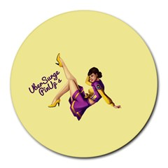 Pin Up Girl 1 Round Mousepad