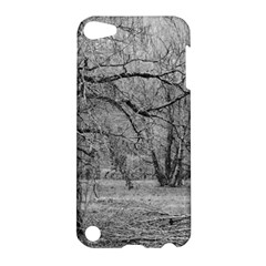 Black and White Forest Apple iPod Touch 5 Hardshell Case