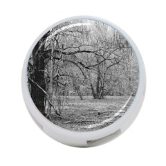 Black And White Forest Single Sided 4 Port Usb Hub (round)