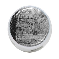 Black And White Forest Twin Sided 4 Port Usb Hub (round)