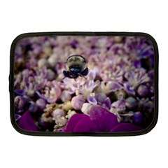 Flying Bumble Bee 10  Netbook Case
