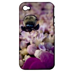 Flying Bumble Bee Apple iPhone 4/4S Hardshell Case (PC+Silicone)