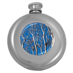 Trees On Blue Sky Hip Flask (round)