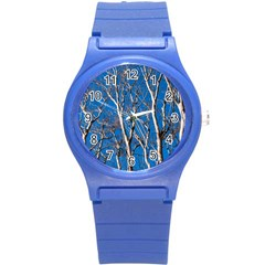 Trees on Blue Sky Round Plastic Sport Watch Small