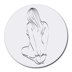 Bound Beauty 8  Mouse Pad (Round)