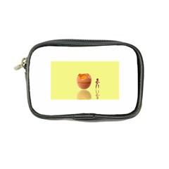 Oviparous Ultra Compact Camera Case