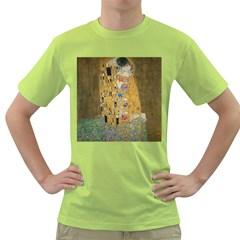 Klimt   The Kiss Mens  T Shirt (green)