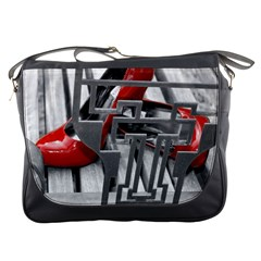 TT RED HEELS Messenger Bag