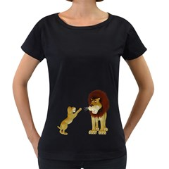 Lion 3 Womens' Maternity T-shirt (Black)
