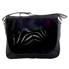 Butterfly 059 001 Messenger Bag