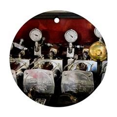 Willytrunk Round Ornament