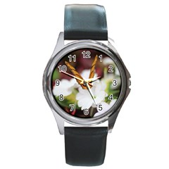 Butterfly 159 Round Metal Watch (Silver Rim)