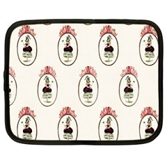 Female Eye Netbook Case (XL)