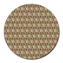 Vintage Girl 8  Mouse Pad (Round)