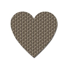 Vintage Girl Magnet (Heart)