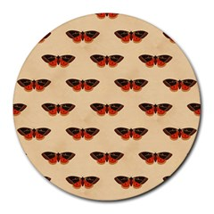 Vintage Moth 8  Mouse Pad (Round)