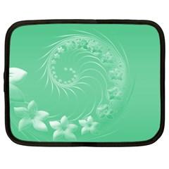 Light Green Abstract Flowers Netbook Case (XXL)