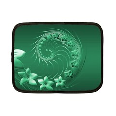 Green Abstract Flowers Netbook Case (Small)