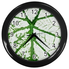 Leaf Patterns Wall Clock (Black)