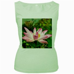 A Pink Lotus Womens  Tank Top (Green)