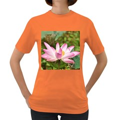 A Pink Lotus Womens' T-shirt (Colored)