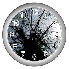 An Old Tree Wall Clock (silver)