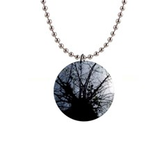 An Old Tree Button Necklace