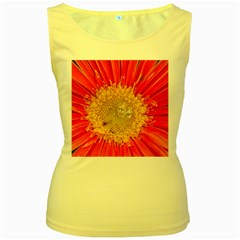 A Red Flower Womens  Tank Top (Yellow)