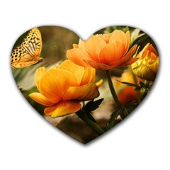 Flowers Butterfly Mouse Pad (heart)