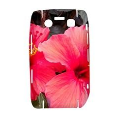 Red Hibiscus BlackBerry Bold 9700 Hardshell Case