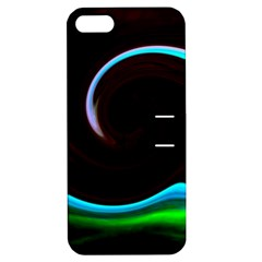 L220 Apple iPhone 5 Hardshell Case with Stand