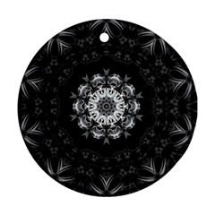 (8) Round Ornament