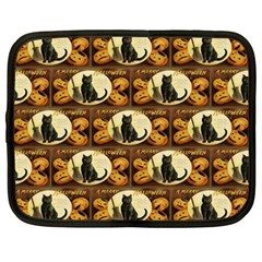 A Merry Hallowe en  Netbook Case (Large)