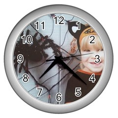 Spider Baby Wall Clock (Silver)