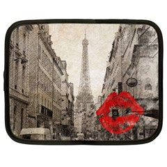 Elegant Red Kiss Love Paris Eiffel Tower Netbook Case (XL)